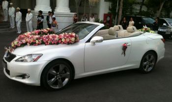 Dịch vụ cho thuê xe cưới giá rẻ ở Hà Nội