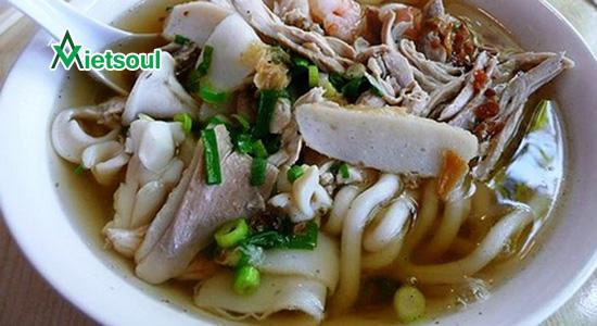Bánh canh bà Thừa 55 Yersin, Nha Trang