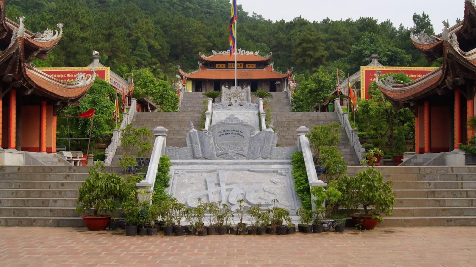 Tour Lễ hội: Hà Nội - Côn Sơn Kiếp Bạc